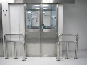 自动平移双开门货淋室-自动平滑门货淋室价格